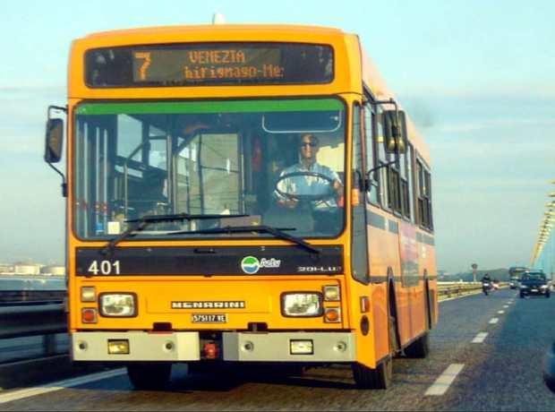 Bus ACTV nr 7, modello originale anni '80